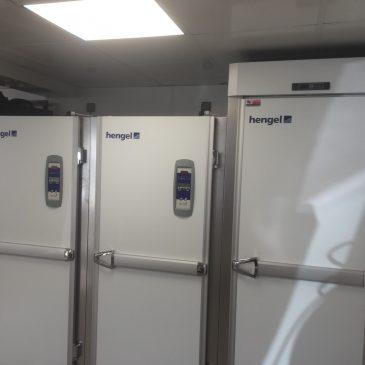 armoire de fermentation a grilles et bacs